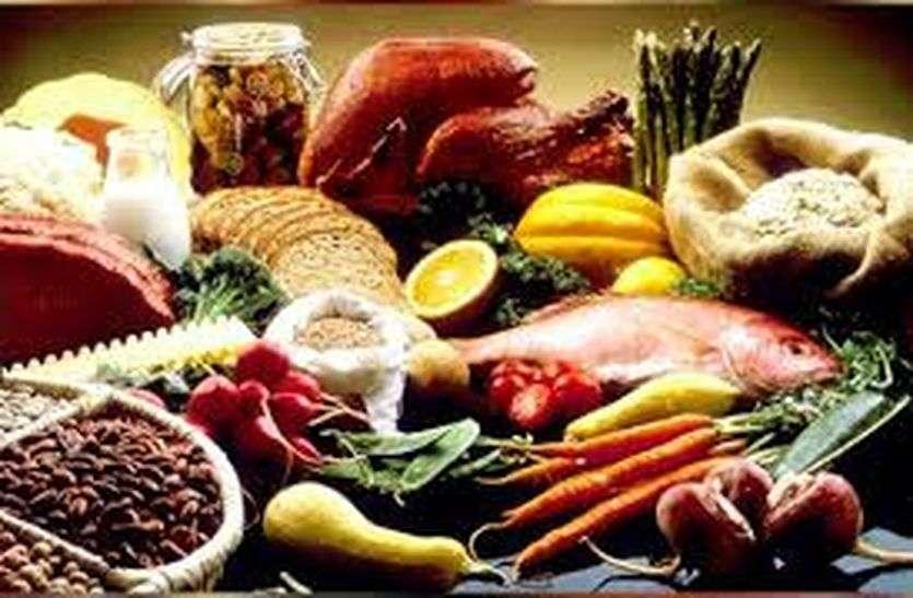 World Food Day: मावा, बेसन और मिठाई के सैम्पलों की जांच में कई फेल