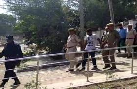फतेहपुर कोतवाल व कांस्टेबल की हत्या के इन आरोपियों को ऐसे किया गया कोर्ट में पेश...