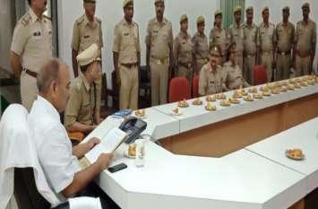 तेज तर्रार आईपीएस की अनूठी पहल से गदगद नजर आए पुलिसकर्मी, जानिए क्या किया