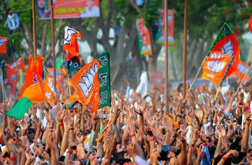 MP Election 2018: 'कांग्रेस ने गरीबी हटाओ का नारा दिया, पीएम मोदी और मैंने पूरा किया'