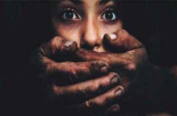ट्यूशन टिचर ने किया छात्रा का रेप,पीड़िता की मां के शिकायत करने पर कार्रवाई में जुटी पुलिस