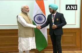 Youth Olympic: भारत को पदक दिलाने वाले युवा एथलीटों से मिले प्रधानमंत्री नरेंद्र मोदी, दी बधाई