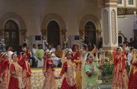 दुर्गा कार्निवाल में फिल्मी सितारों का जमघट
