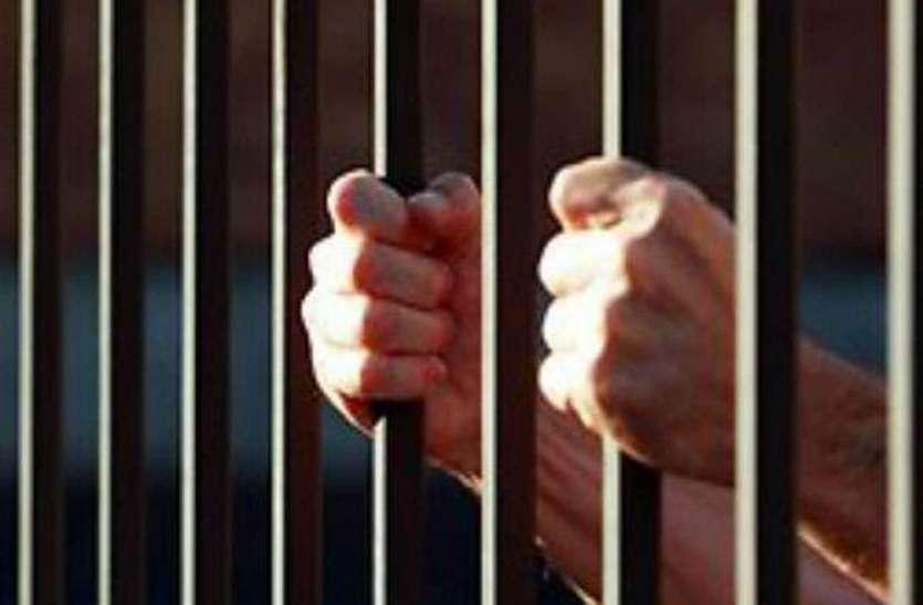 चोरी का हुआ खुलासा, दो आरोपित गिरफ्तार, एक अभी तक फरार,  बरामद हुआ चोरी का सामान