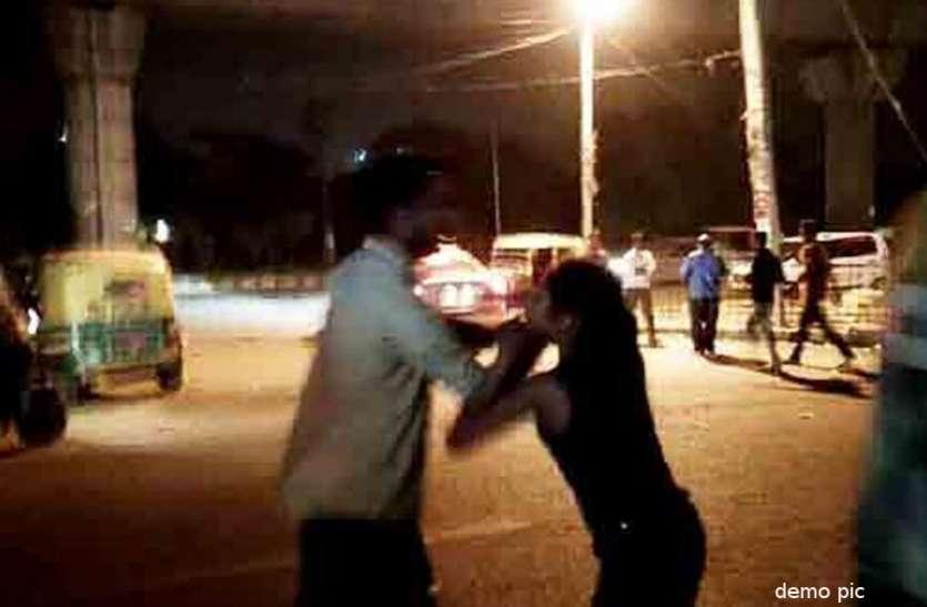UP में छात्रा से छेड़छाड़ के मामले में संप्रदाय विशेष के 12 लोगों के खिलाफ हुई ये बड़ी कार्रवाई