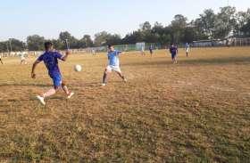 सरगुजा फुटबॉल लीग के फाइनल में अदानी एकेडमी सीनियर टीम, रोमांचक मैच में जूनियर को 2-1 से हराया