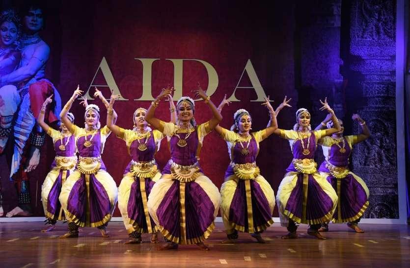Photo gallery  :  नटवर गोपी कृष्ण अवार्ड से आठ प्रतिभागीयो का हुआ सम्मान
