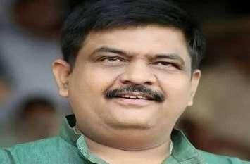 अलवर भाजपा जिलाध्यक्ष संजय शर्मा कर रहे हैं जिले का दौरा, कार्यकर्ताओं को दे रहे हैं यह सीख, जानिए आप भी