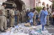 मनपा मुख्यालय पर डाला कचरा