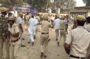बसों पर पथराव कर रहे रोड़वेज कर्मचारियों पर लाठीचार्ज, पुलिस ने दौड़ा-दौडा कर पीटा