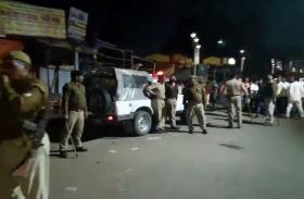BREAKING: छात्रसंघ चुनाव के ठीक पहले दो गुटों में जबरदस्त मारपीट, कई गाड़ियां तोड़ी गयीं