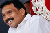 झारखंड के पूर्व मुख्यमंत्री मधु कोड़ा समर्थकों के साथ कांग्रेस में शामिल
