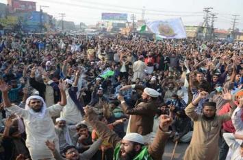 आसिया बीबी मामले में विरोध प्रदर्शन थमा, पाकिस्तान सरकार और प्रदर्शनकारियों के बीच समझौता