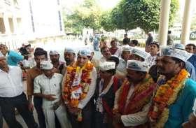MP ELECTION : आम आदमी पार्टी के उम्मीदवारों ने राज्यसभा सांसद संजय सिंह की मौजूदगी में किया नामांकन जमा