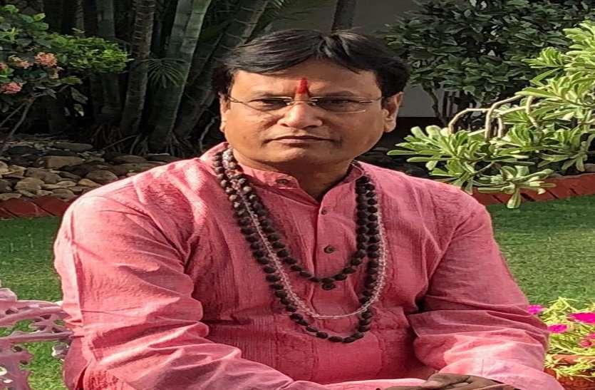 धन के स्थायित्व के लिए करें अष्ट लक्ष्मी पूजन