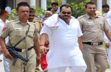 मुन्ना बजरंगी की हत्या करने वाले सुनील राठी के बदमाश को पुलिस ने मारी गोली