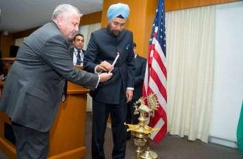अमरीकाः भारतीय दूतावास में मनाई गई दीवाली