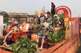अयोध्या में निकाली गई भव्य शोभायात्रा, जगह-जगह हुआ जोरदार स्वागत