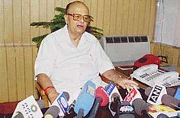 Old Tales Madhya Pradesh: जब अर्जुन सिंह सहित 6 प्रत्याशियों को पंजा की जगह मिला था रेलगाड़ी चुनाव चिन्ह