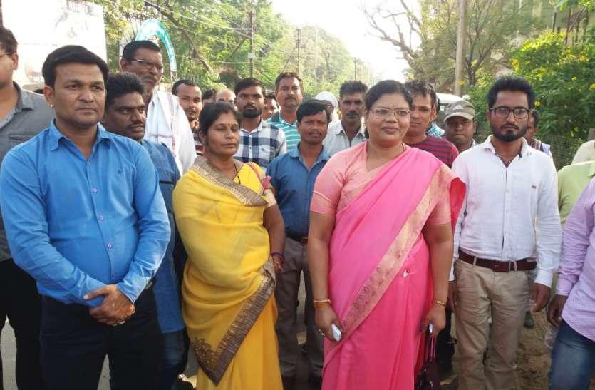 mp assembly elections 2018 भाजपा को झटका : गंगा उइके ने दिया राज्य महिला आयोग सदस्य पद से इस्तीफा