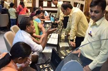 video : उदयपुर में रोशनी के पर्व की शुरू होते ही बाजार में बरसा धन, खिले व्यवसायियों के मन