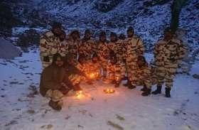 सीमाओं पर सैनिकों की दिवाली, लद्दाख में ITBP तो वाघा पर BSF ने धूमधाम से मनाया जश्न