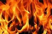 हैवानियत: मजदूरी मांगने पर मजदूरी को पेट्रोल छिड़ककर किया आग के हवाले,हालत नाजुक