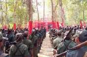 बिग ब्रेकिंग : 51 भरमार बंदूक के साथ 62 नक्सलियों ने किया सरेंडर