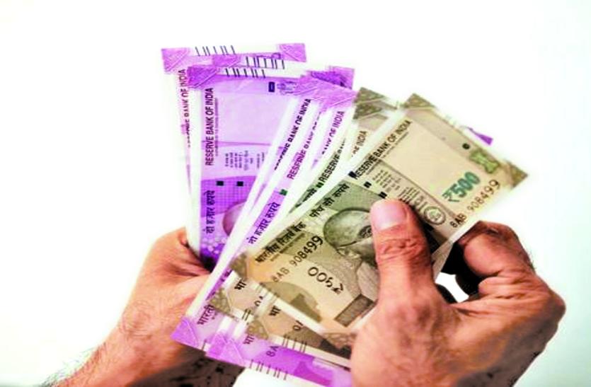 चुनाव नामांकन से पहले पकड़ाए 11 करोड़ रुपए