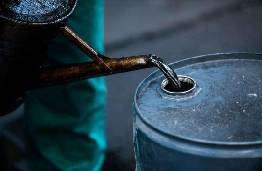 बढ़ सकते हैं पेट्रोल-डीजल के भाव, र्इरान पर प्रतिबंध के बाद कच्चे तेल के भाव में तेजी