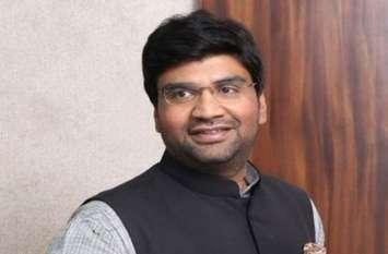 MP Election 2018:  पूर्व मंत्री प्रकाश सोनकर के बेटे विजय ने बिगाड़ा सावन खेल