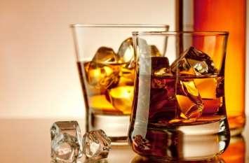 सोने को शराब में घोलकर पीते हैं इस देश के लोग, लड़कियां भी करती हैं इस तरह इस्तेमाल