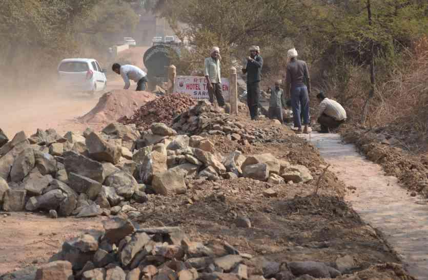 राजस्थान में यहां आचार संहिता की उड़ रही धज्जियां, खुलेआम हो रहा अवैध निर्माण