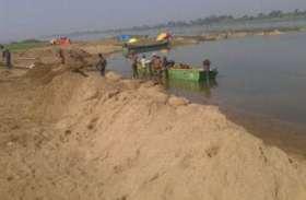 खनिज विभाग की जगह राजस्व विभाग ओवरलोड रेत के डंपरो पर कर रहा कार्रवाई