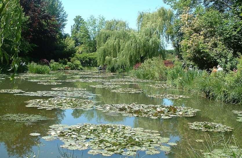 तालाब से मिला लापता पुजारी का शव