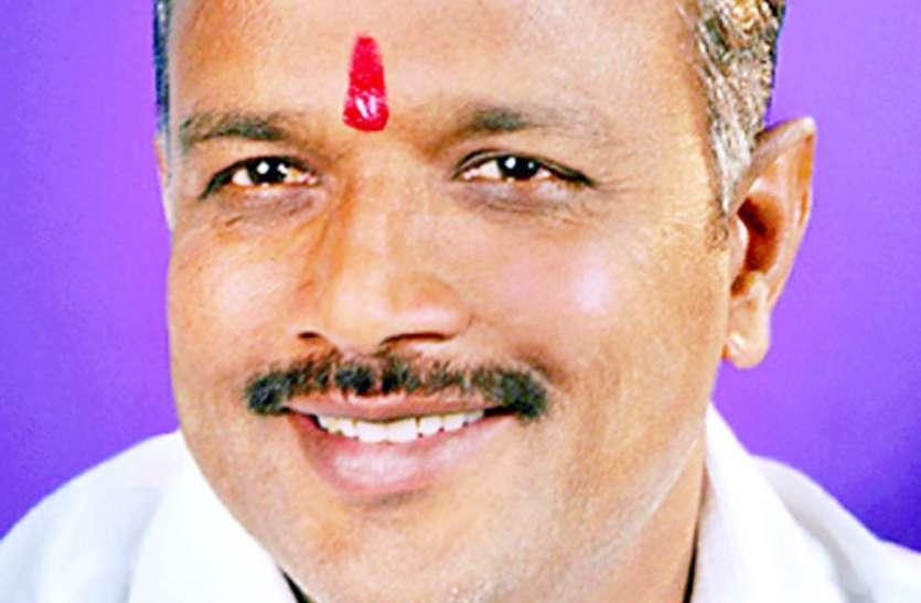 सोहागपुर विधानसभा : फॉरच्युनर के शौकीन हैं विजयपाल