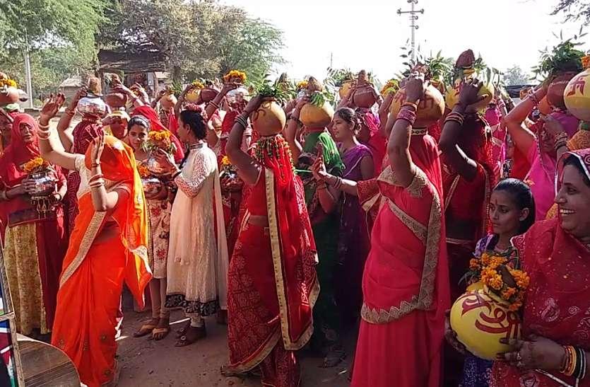 कलश यात्रा के साथ राम कथा का शुभारम्भ