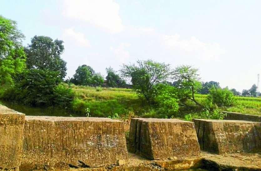 अन्नïदाता परेशान, खरीफ के बाद रबी की फसल में भी पानी को तरसेंगे खेत