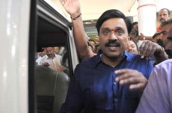 पूर्व मंत्री जनार्दन रेड्डी फिर पहुंचे जेल, जमानत पर सुनवाई आज