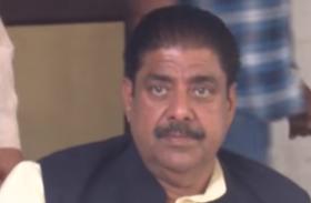 हरियाणा के मुख्य विपक्षी दल इंडियन नेशनल लोकदल के अजय सिंह गुट पर एक और कार्रवाई के आसार