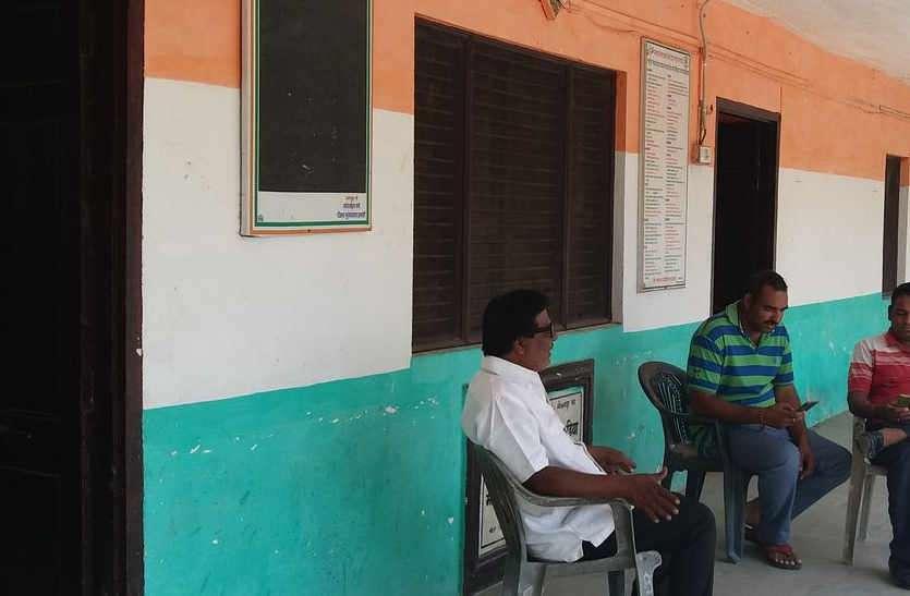 भाजपा की सूची जारी होने के बाद कांग्रेस में रहा इंतजार, जयपुर-दिल्ली तक दौड़े प्रयासों के घोड़े