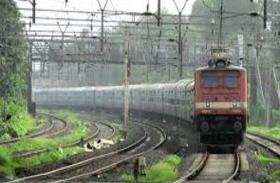 यात्री कृपया ध्यान दें, लखनऊ से होकर नहीं जाएंगी से 36 ट्रेनें, रूट में हुआ बड़ा परिवर्तन