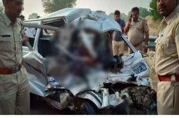 बीकानेर: सवारियों से भरी वैन की ट्रक से ज़बरदस्त भिड़ंत- छह की मौत, बीच सड़क मचा कोहराम