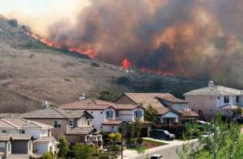 कैलिफोर्निया के जंगलों में लगी आग से अब तक 48 लोगों की मौत, 200 लोग लापता