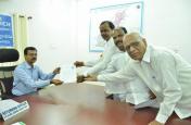 तेलंगाना के मुख्यमंत्री के.चंद्रशेखर राव ने नामांकन भरा, 100 से अधिक सीटें जीतने का टीआरएस का दावा