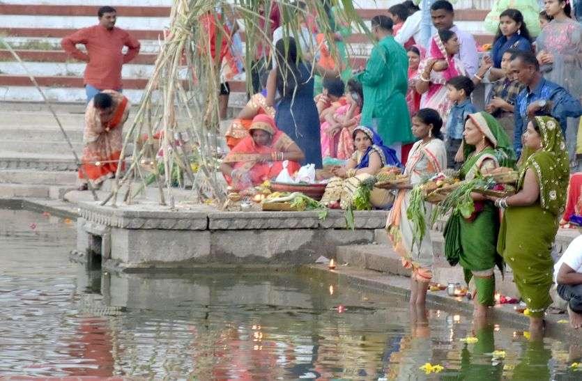 छठ उत्सव...सूर्यदेव की पूजा से घर में आती सुख-समृद्धि खुशहाली