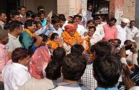 मालपुरा से घोषित भाजपा प्रत्याशी का जगह -जगह किया स्वागत, कांग्रेस समर्थकों को प्रत्याशी के नाम की घोषणा का इंतजार