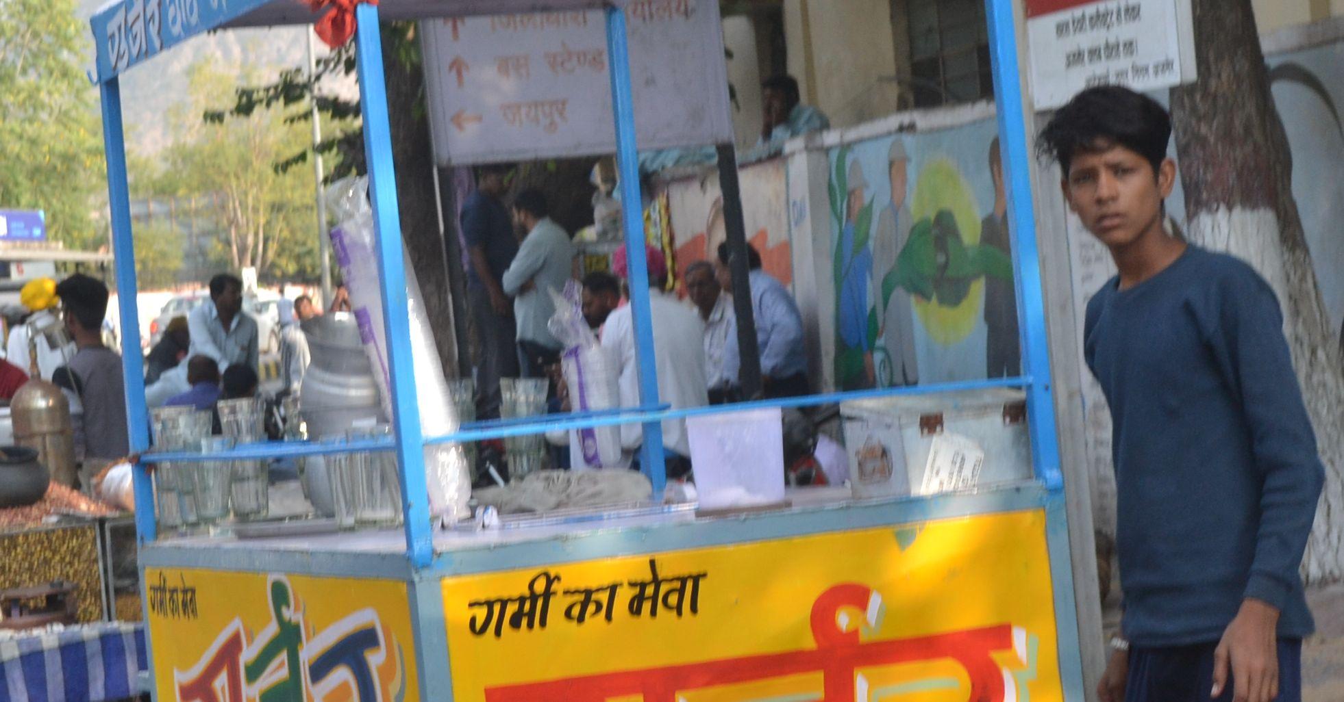 Big issue: नन्हें कंधों पर कमाई का बोझ, यूं कैसे बनेगा शाइनिंग इंडिया