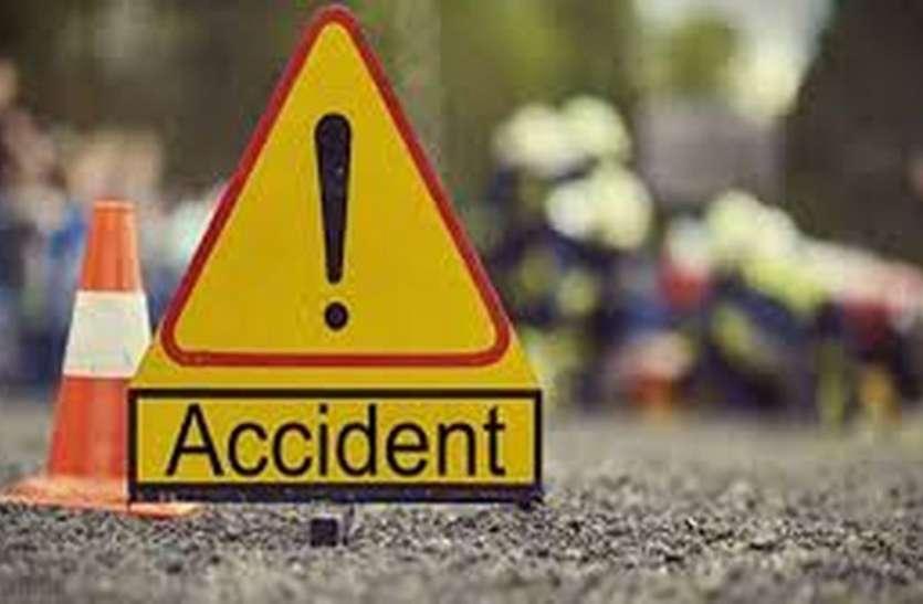 सडक़ दुर्घटना में ट्रक क्लीनर की मौत