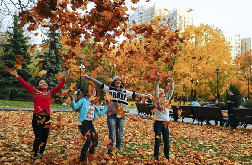 बच्चों के लिए फायदेमंद हाेता है पार्क में खेलना
